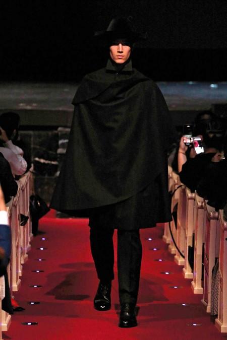 Oteyza La Simplicidad Del Diseno Sartorial En La Semana De La Moda De Madrid 2