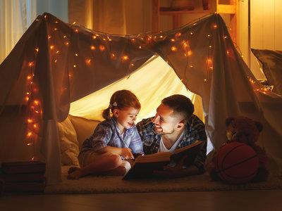 ¡Leamos cuentos en voz alta a nuestros hijos! Hacerlo tiene importantes beneficios para su desarrollo
