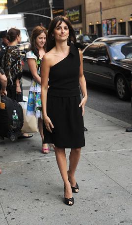 Otros dos looks diez de Penélope Cruz en Nueva York