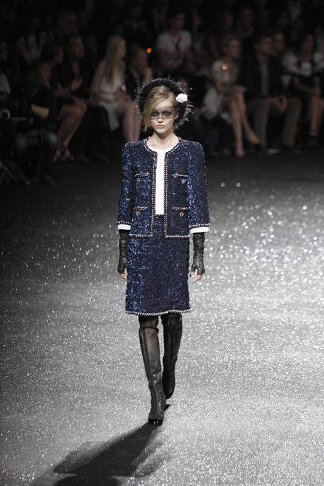 Foto de Todas las imágenes de Chanel Alta Costura Otoño-Invierno 2011/2012 (20/22)