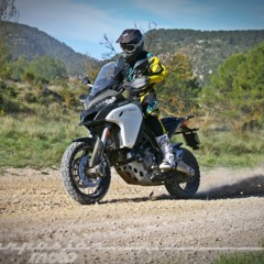 Foto 13 de 37 de la galería ducati-multistrada-1200-enduro-accion en Motorpasion Moto