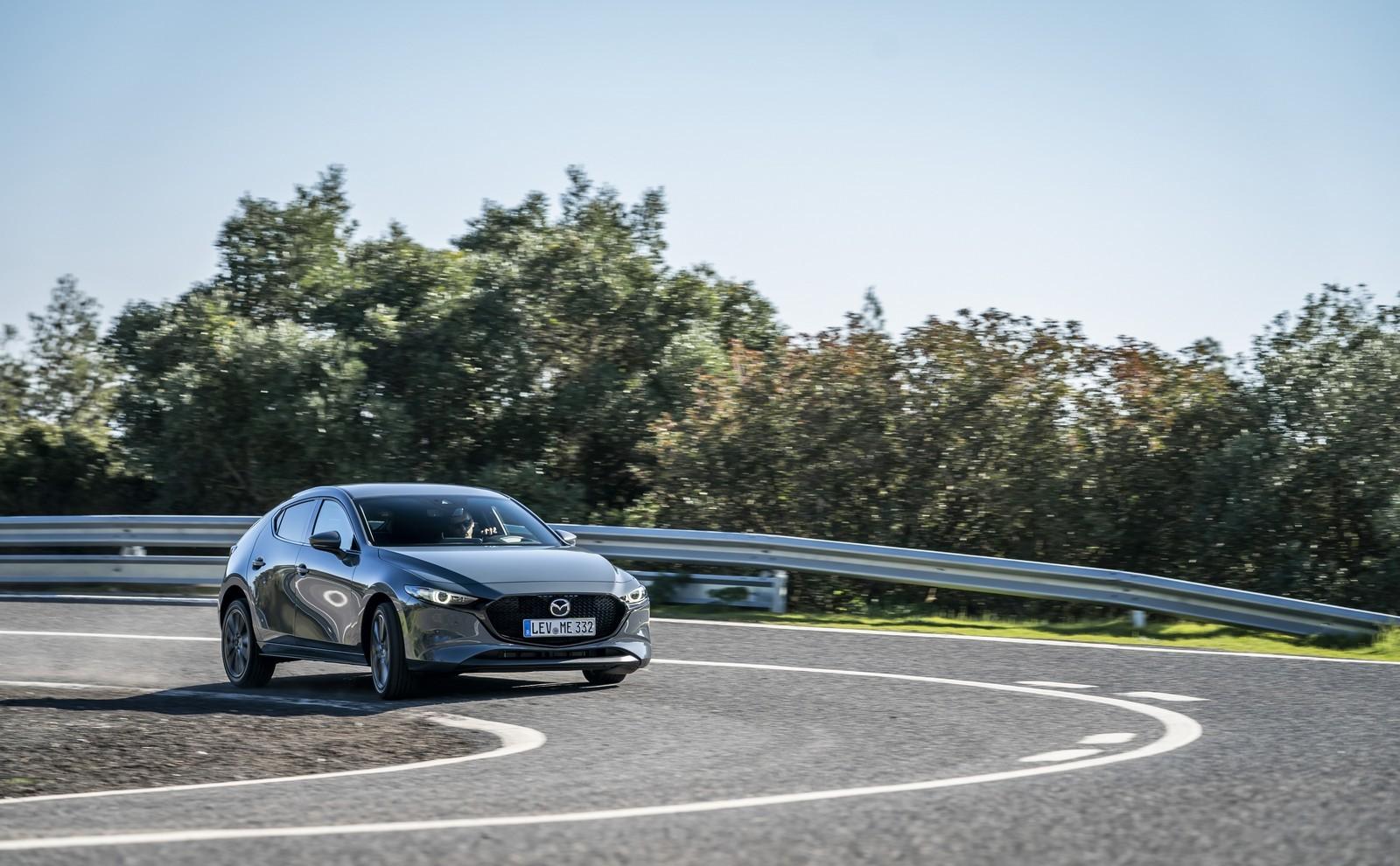 Foto de Mazda3 2019 (16/128)