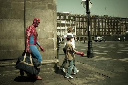 En España, un empleo no garantiza eludir la pobreza