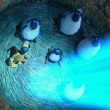 El tráiler de 'Granjaguedón: La oveja Shaun' revoluciona Mossy Bottom en la primera secuela de Aardman