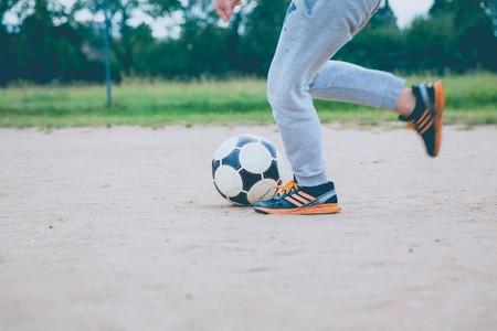 Zapatillas de deporte para niño y niña: las mejores opciones para la vuelta al cole