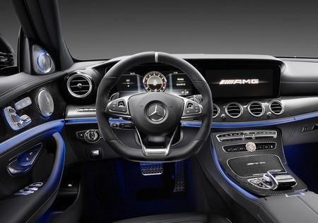 Mercedes Benz E63 Amg 2017 1600 Aa