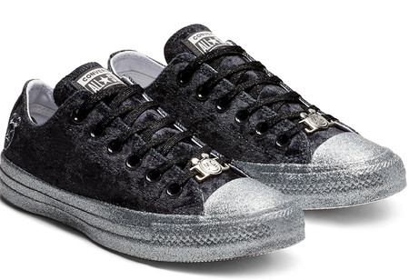 Converse X Miley Cyrus Chuck Taylor All Star Low Top Velvet