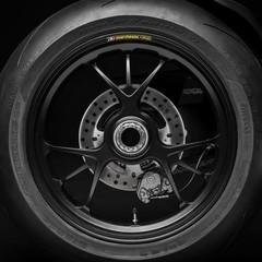 Foto 73 de 87 de la galería ducati-panigale-v4-r-2019 en Motorpasion Moto