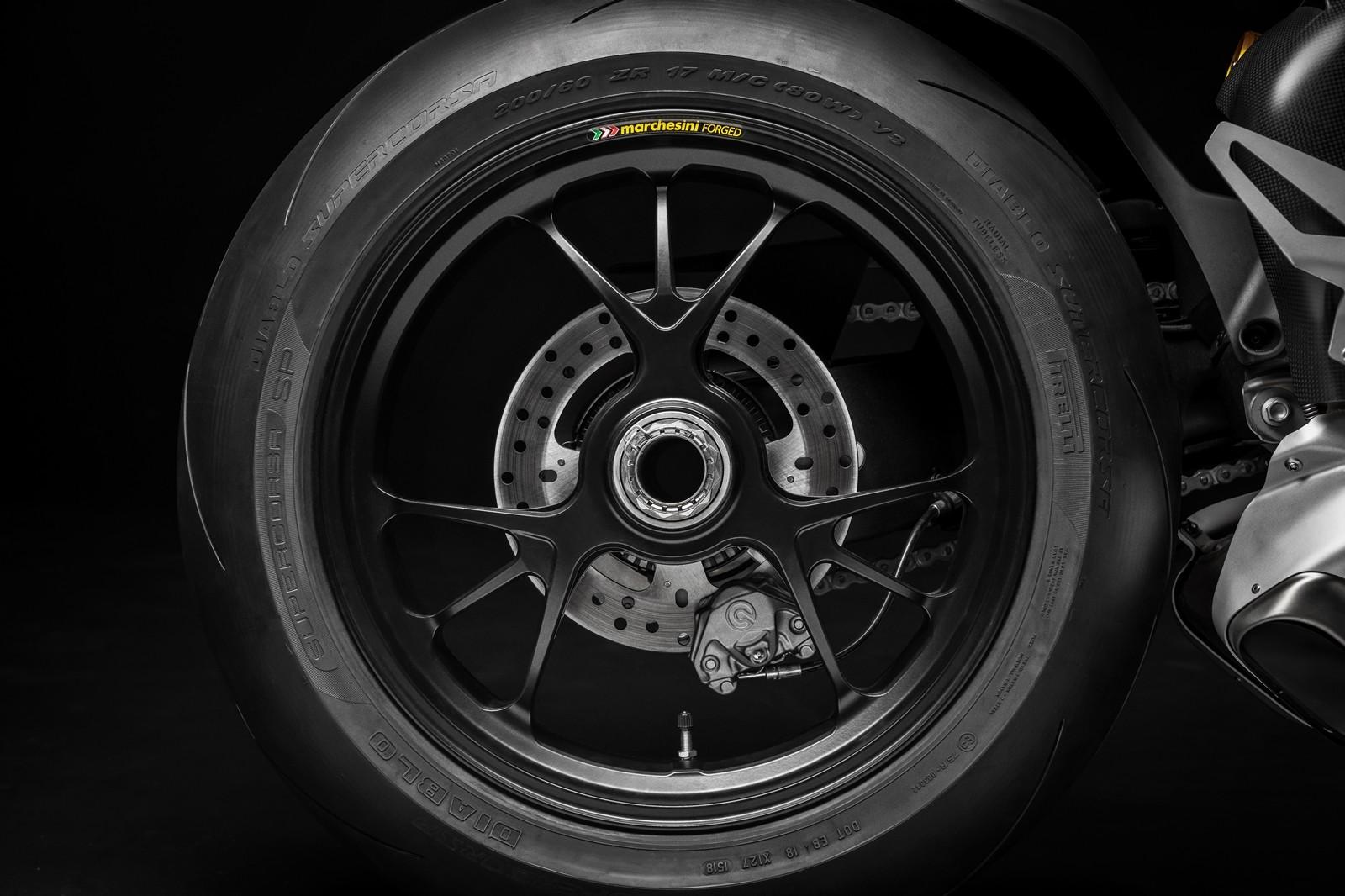 Foto de Ducati Panigale V4 R 2019 (73/87)