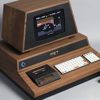 PET De Lux, el hermoso (e inalcanzable) homenaje artesanal al mítico Commodore PET 2001