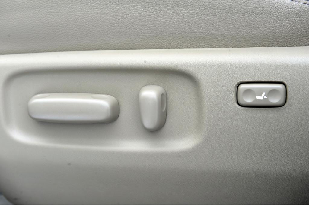 Foto de Toyota RAV4 (15/62)