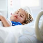 Muere un niño de 7 años de una otitis al tratar de curarla con homeopatía