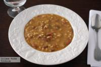 Alubias pintas con arroz y verduras. Receta saludable