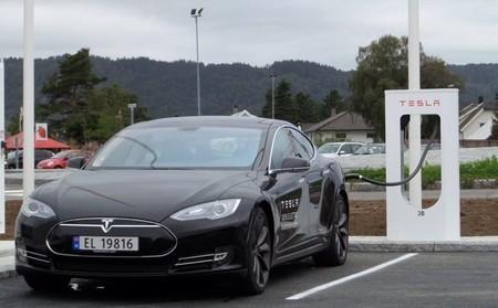 Supercargador Tesla en Noruega