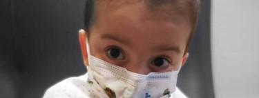 La historia de superación de Víctor, un niño de tres años trasplantado de seis órganos en el Hospital la Paz, centro del Covid-19