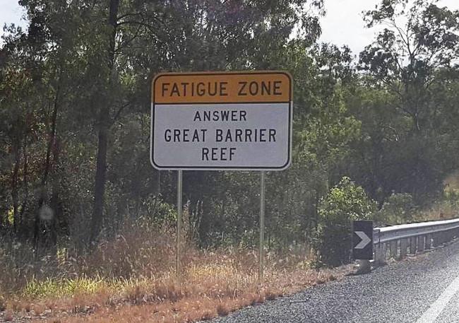 Trivia Road Signs Australia 59acf483a1995 700