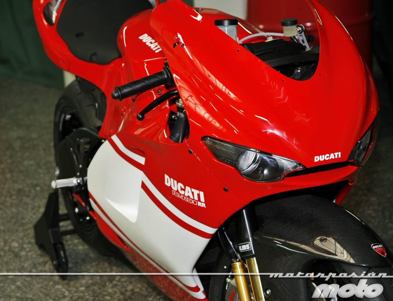 Foto de Ducati Desmosedici RR, toma de contacto (prueba dinámica y galería de fotos) (48/55)