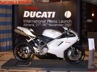 Presentación a la prensa internacional de la Ducati 848
