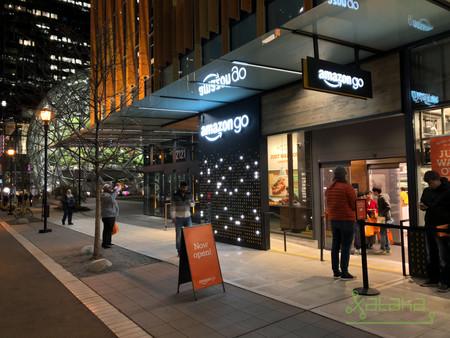 Visitamos Amazon Go: así es la experiencia de compra en una tienda semi automatizada sin cajeros