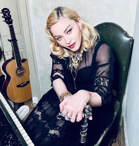 'Conspiranoical girl', la malota de Madonna censurada en Instagram por liarla con información falsa sobre la COVID