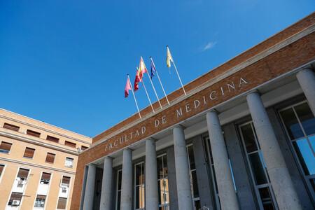 """Plazas """"con bicho"""" y convocatorias amañadas: el problema de la endogamia en la universidad española"""