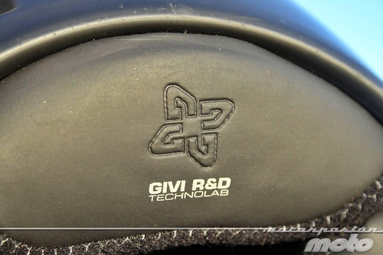 Foto de GIVI X.09, prueba del casco modular convertible a jet (27/38)
