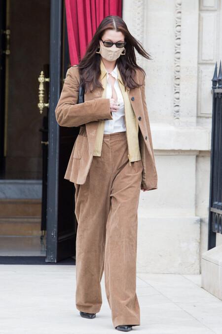 bella hadid street style en paris alta costura 2021