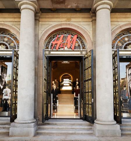 H&M tiene 4.300 millones de prendas sin vender: ¿problemas para el gigante sueco o rebajas a la vista?