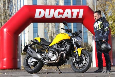 Ducati Monster 821 022