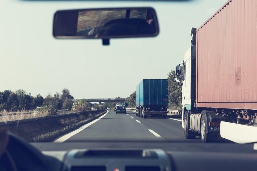 Alertan de que el peaje en las carreteras españolas traerá duplicidad de pagos, productos más caros y discriminación
