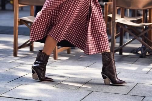 Los botines cowboy son el calzado más deseado: los 27 modelos más 'in' de la temporada