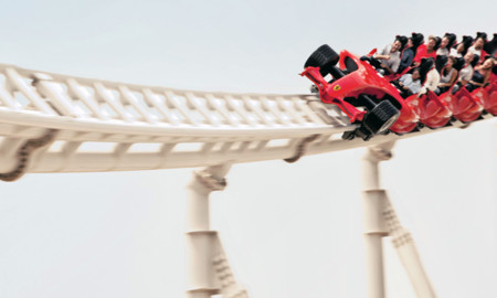 ¿Te irías de vacaciones a un parque temático de coches? Opciones tienes y llegarán más