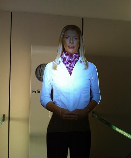 Hologramas para informar a los pasajeros en los aeropuertos de Nueva York