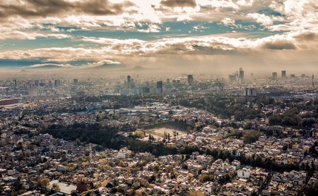 Ciencia ficción y distintas realidades para mostrar la belleza de Ciudad de México: así son los nuevos videos de Tarsicio Sañudo