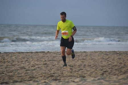 Entrenamiento de potencia y fortalecimiento en la playa