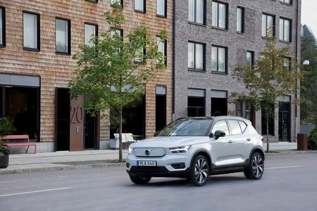 Hasta 418 km de autonomía y carga rápida del 80 % en media hora, pero lo mejor del SUV eléctrico urbano no es solo eso