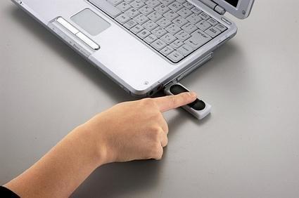 Pico Finger, memoria USB con lector de huellas