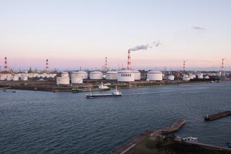 ¿El único país que sale ganando con el hundimiento de los precios del petróleo? China
