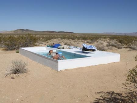 He encontrado una piscina en medio del desierto ¡y no es un espejismo!