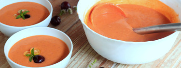 Receta de gazpacho de cerezas, el irresistible sabor tradicional con el toque inconfundible de la fruta de temporada
