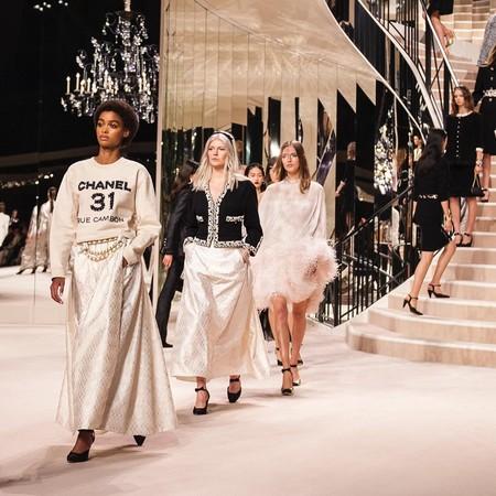 Primeras cancelaciones en el mundo de la moda por el coronavirus: Chanel pospone sin fecha su desfile en Pekín