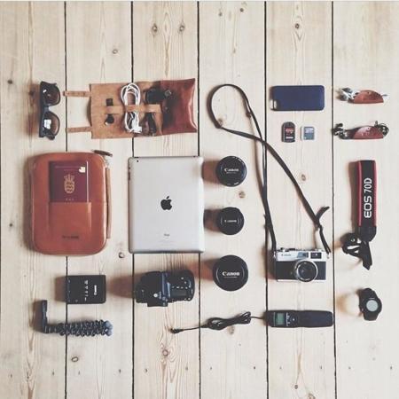 """Los accesorios de viaje que no te pueden faltar si eres un """"techie"""" ordenado"""