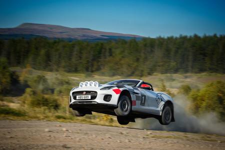 Jaguar celebra sus éxitos del pasado con un F-Type preparado para rally