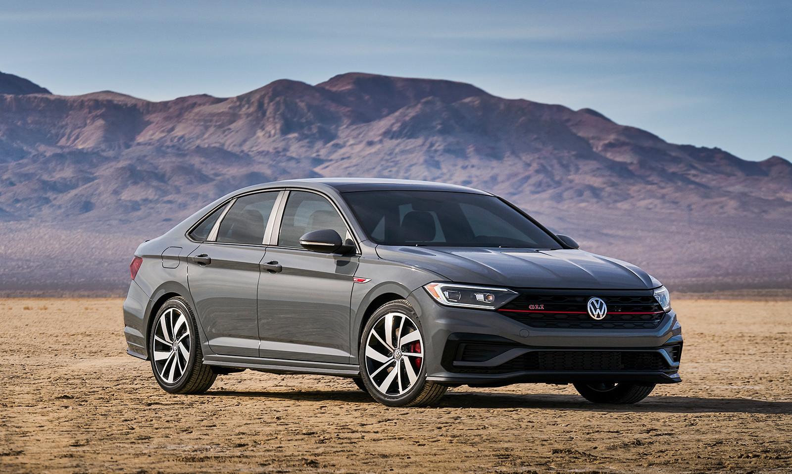 Foto de Volkswagen Jetta GLI 2019 (22/27)