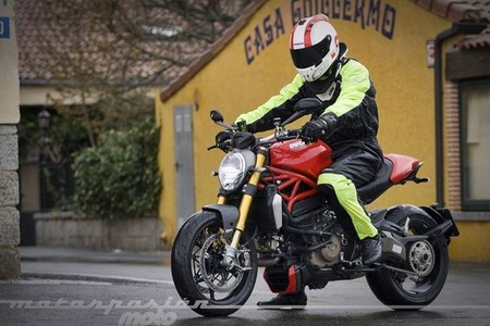 Ducati Monster 1200 S, toma de contacto (valoración, galería y ficha técnica)