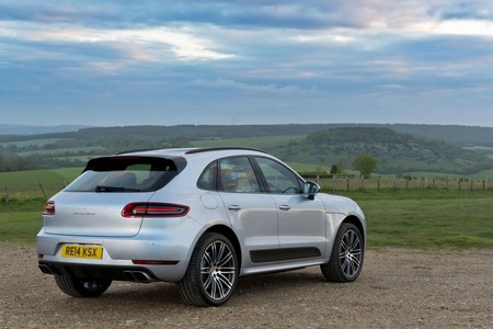 Porsche se ve obligada a llamar a revisión más de 60 mil unidades del Macan y Cayenne diesel