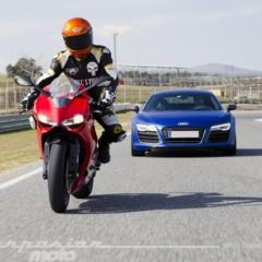 Foto 8 de 24 de la galería ducati-899-panigale-vs-audi-r8-v10-plus en Motorpasion Moto