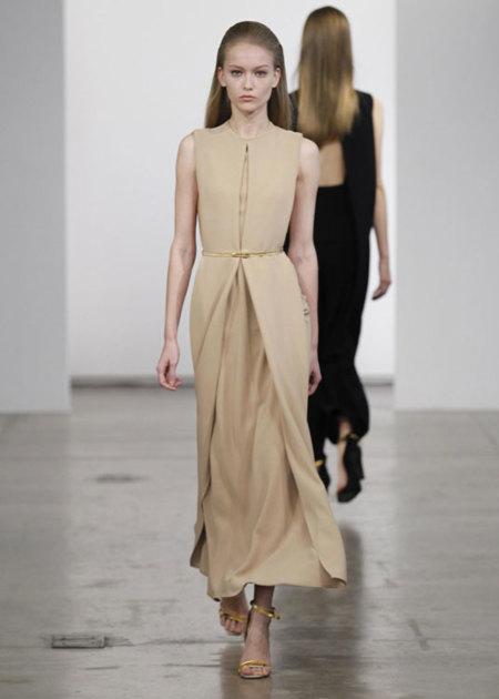 Calvin Klein Pre-Fall 2013: estilismos muy estructurados