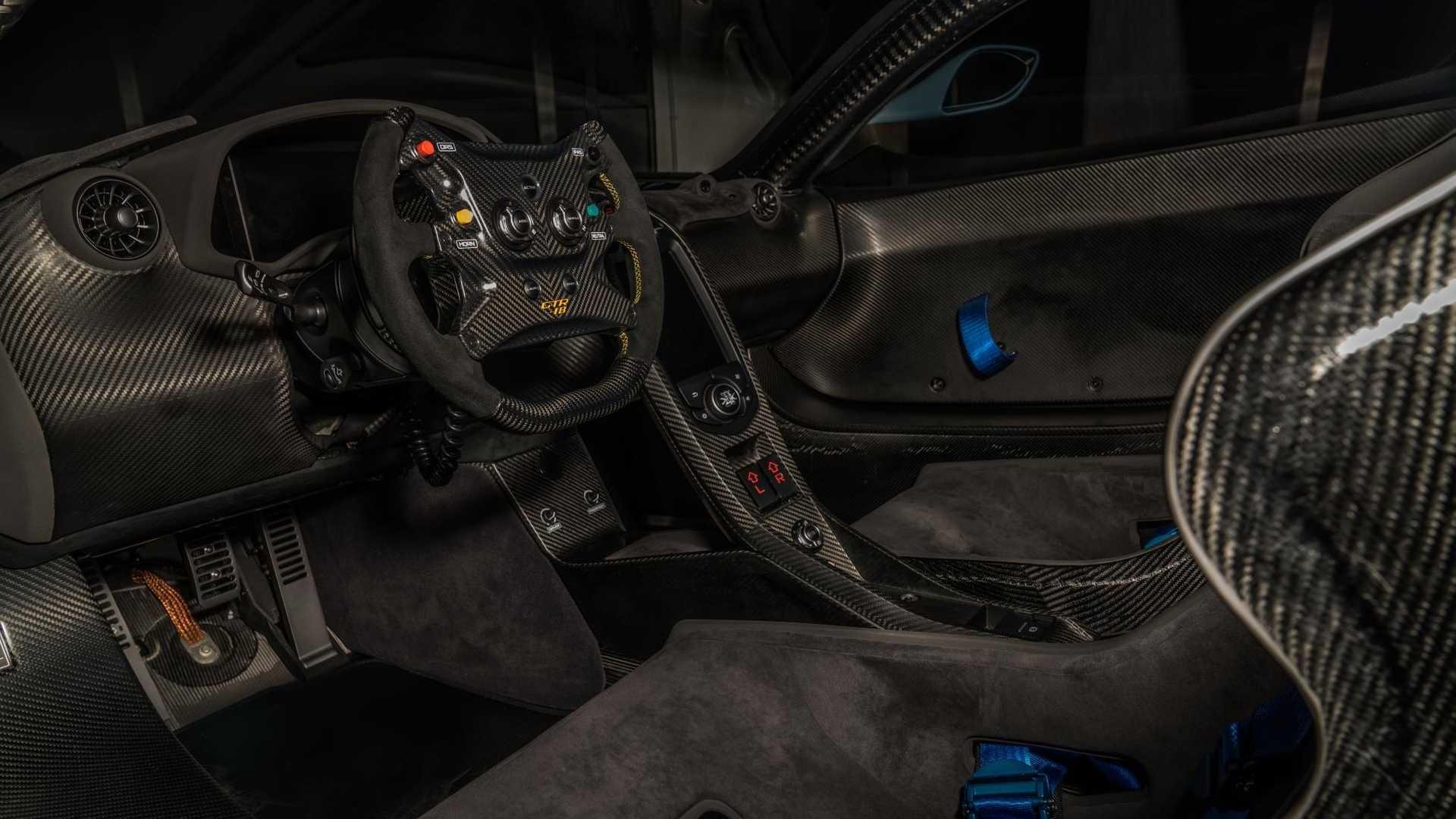 Foto de McLaren P1 GTR-18 preparado por Lanzante (28/32)