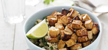El tofu no es soso si lo preparas bien: consejos para cocinar un tofu delicioso y cómo usarlo